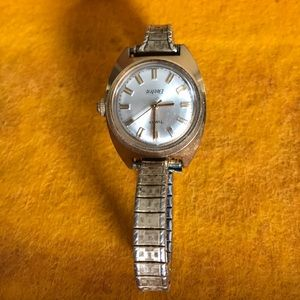 Vintage Women's Timex Electric Watch Gold Tone